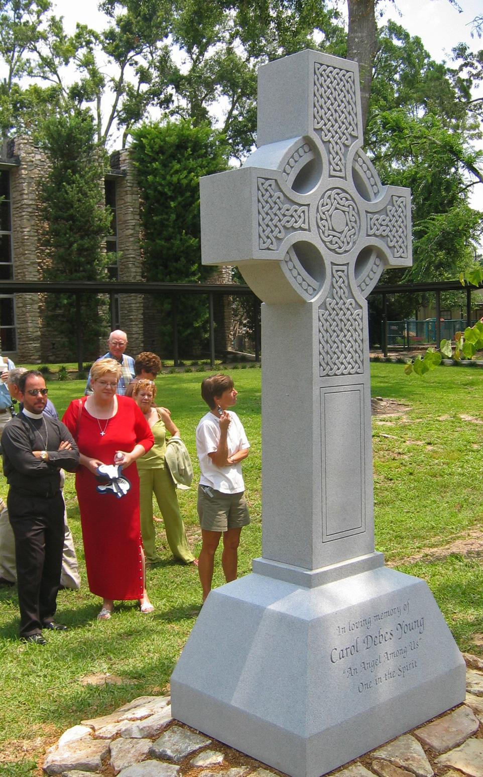 Cross - St. Stephens Episcopal Church, Beaumont, TX