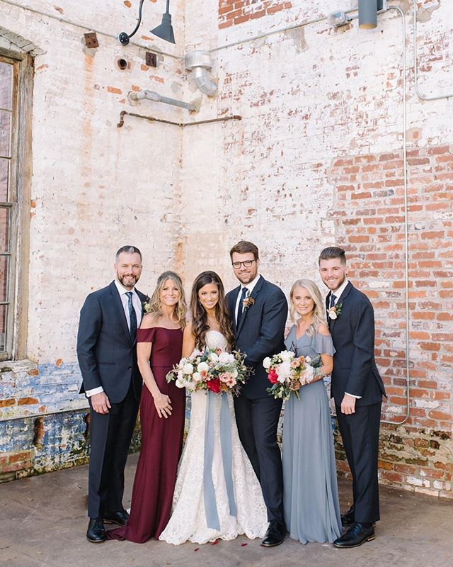 We'll provide the patio...you provide 6 perfectly photogenic people!! {how is this even possible?!} Honored for our venue to be blessed with so much BEAUTY! . . . #theengineroomga #monroega #industrialchicwedding #weddingvenue #brideandgroom #gawedding #patiowedding #beautifulpeople