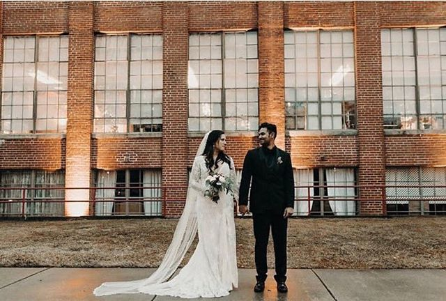 We hope everyone had a wonderful Christmas! This is your reminder that beginning January 1, 2019 ALL rentals of The Engine Room will come with FREE UPGRADES!!!! That's right! Free chandeliers, sheers, café lights and more!Make sure and come check out the best industrial chic wedding venue in all of North Georgia!And now with FREE UPGRADES! (Maximum value of $1,000 in upgrades per rental. Some exclusions apply.) . . . #monroega #gawedding #industrialchicwedding #freeupgrades #northgaweddingvenue #weddingvenue #chandeliers #sheers #theengineroomga