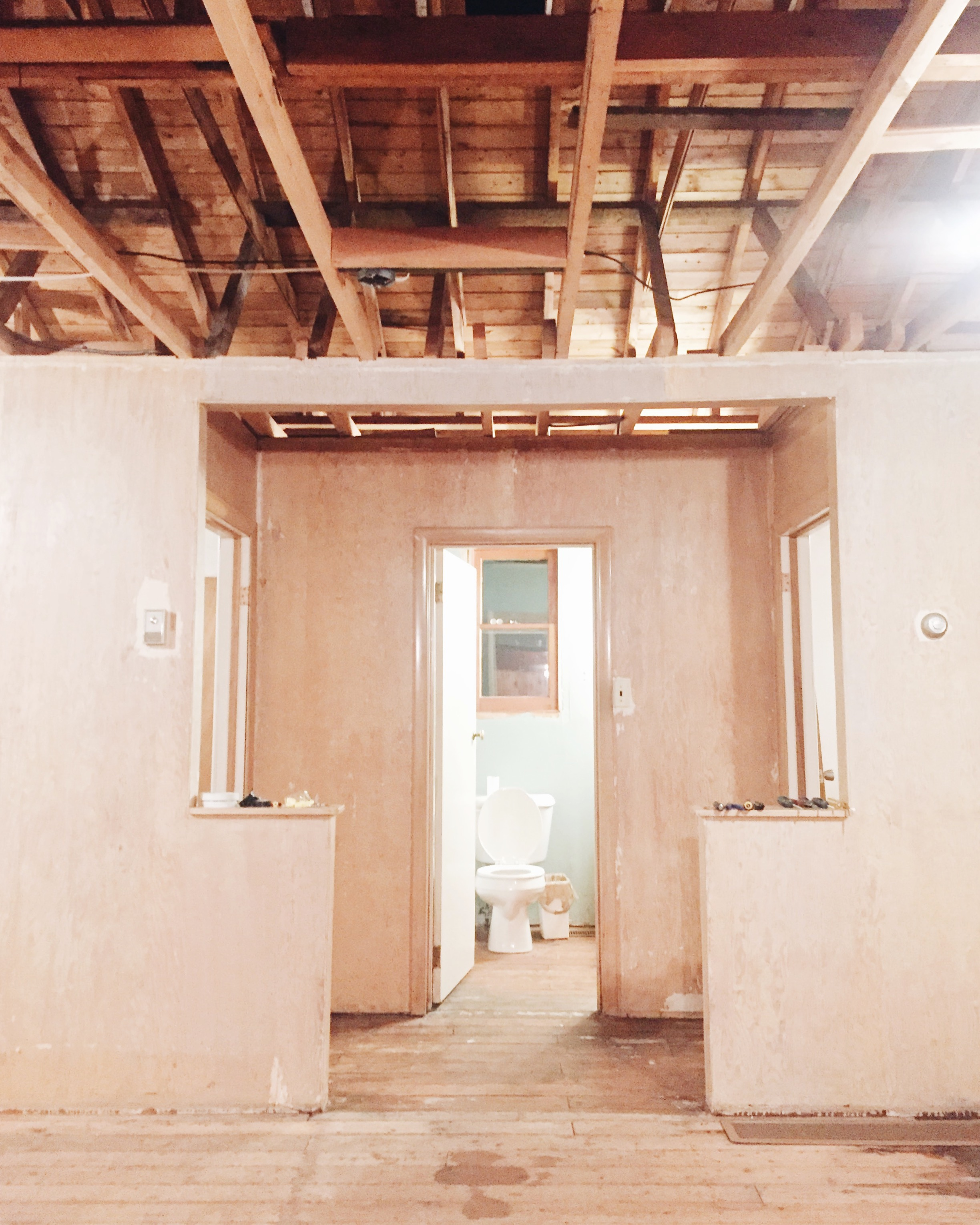 tiffany_leigh_cottage_reno_ceilings