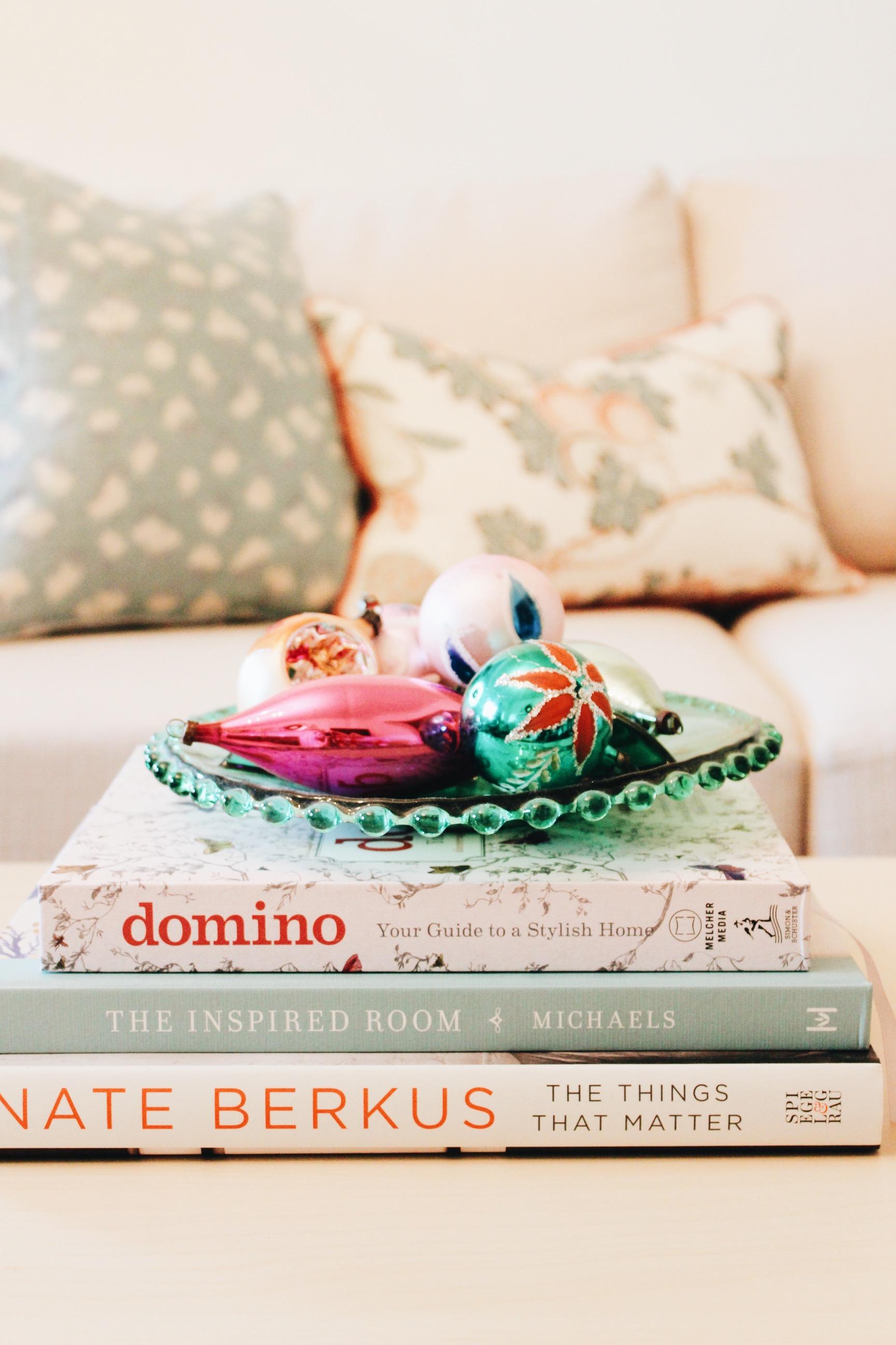 christmas_coffee_table_books_1