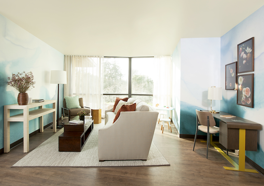 EKB LIGHT BLUE Designer: Melinda Mandell Interior Design