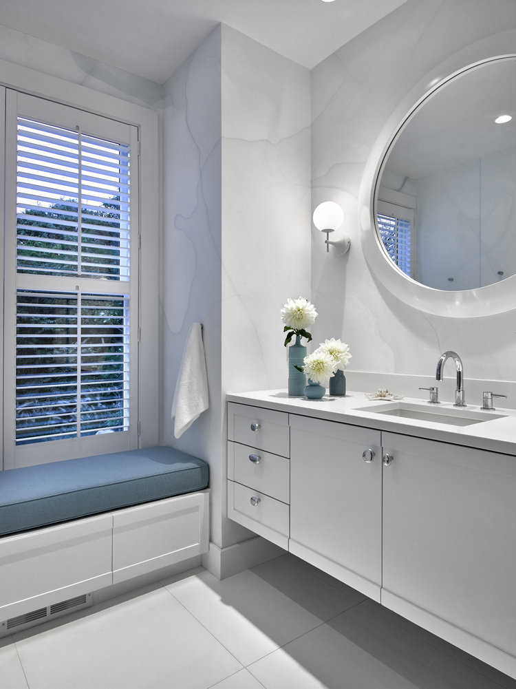 BARELY GRAY Designer: Ghislaine Viñas Interior Design