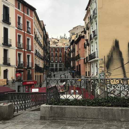 Warm spanish colours in Madrid