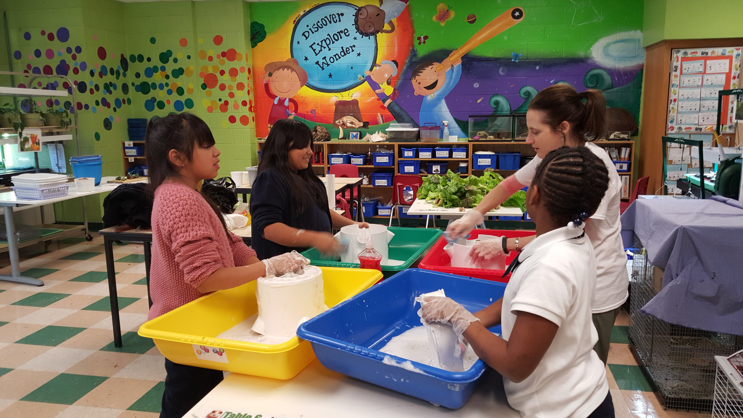 Student Clean Up @ PS 376.jpg