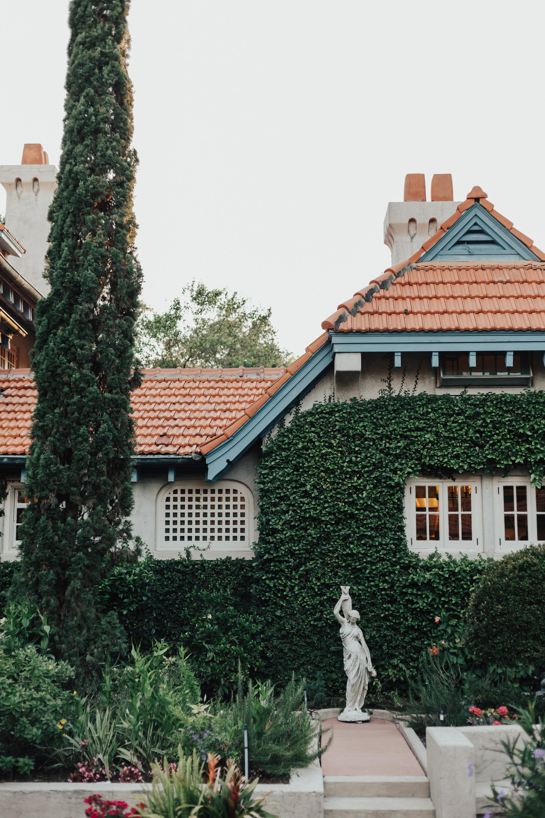 sydonie-mansion-wedding-01.jpg
