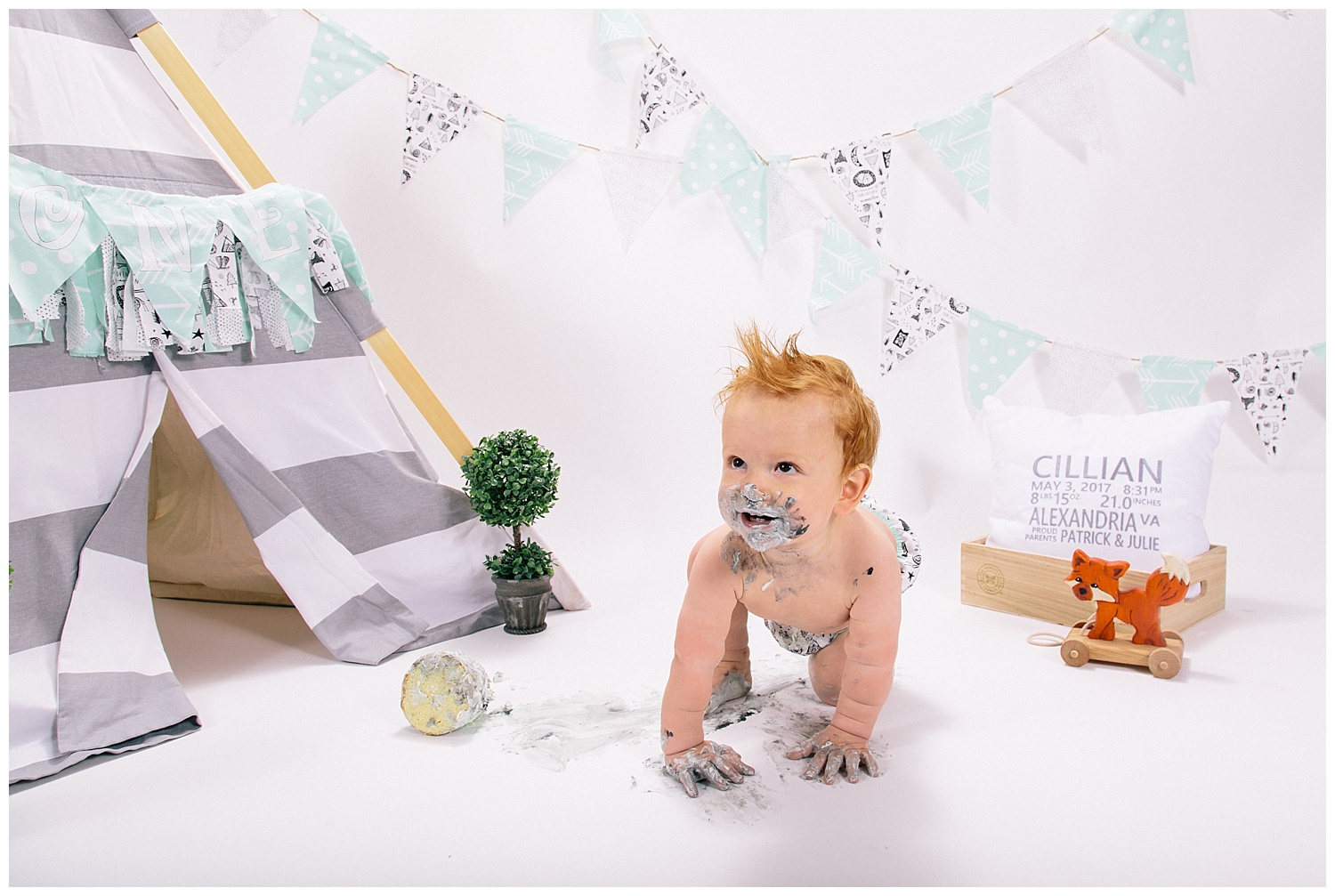 emily-belson-photography-one-year-cillian-19.jpg
