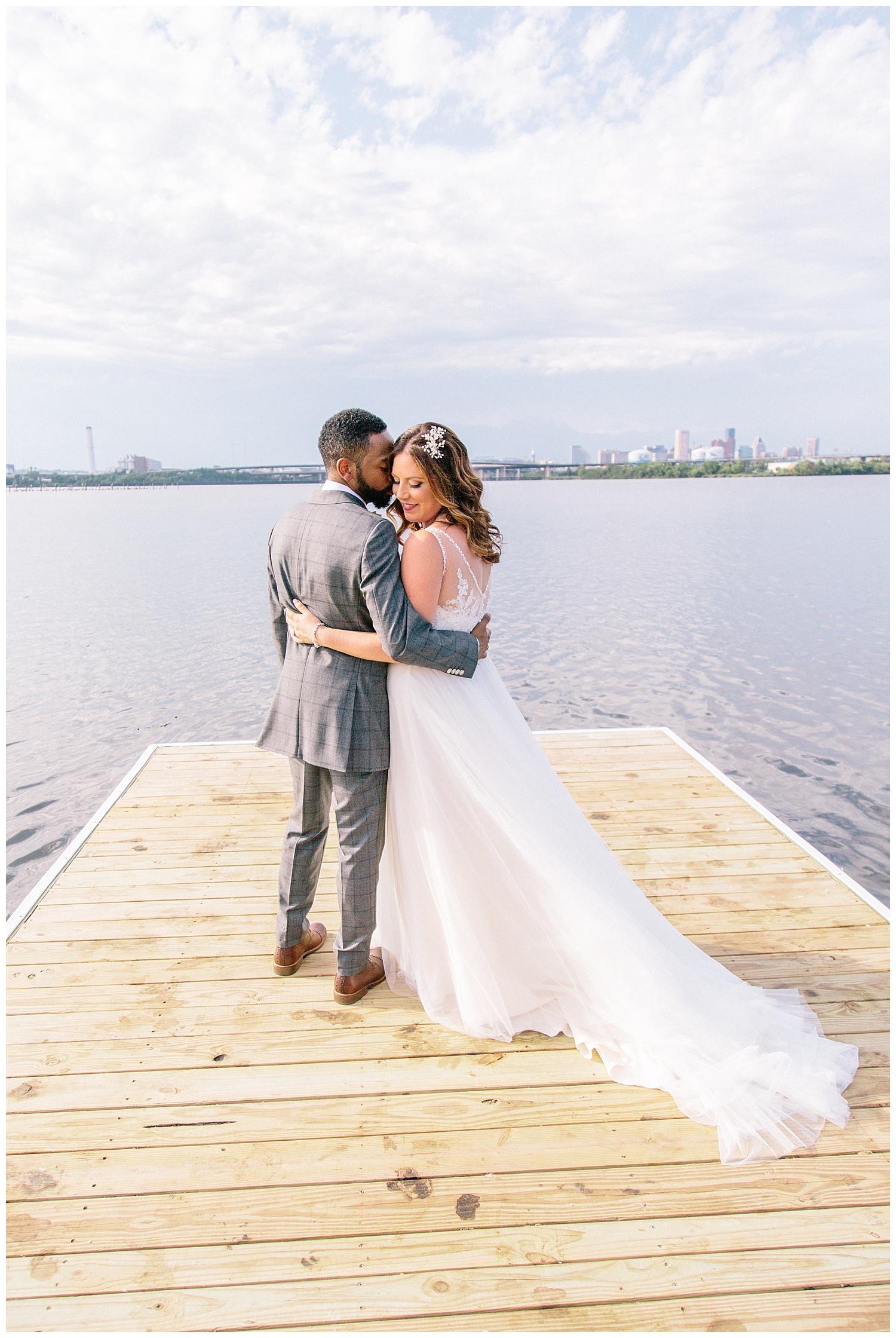 emily-belson-photography-baltimore-rowing-club-wedding-001.jpg