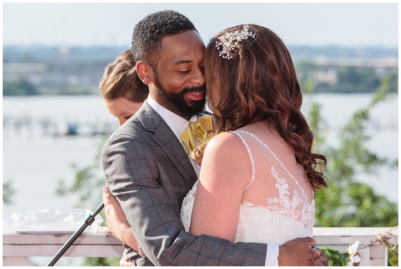 emily-belson-photography-baltimore-rowing-club-wedding-024.jpg