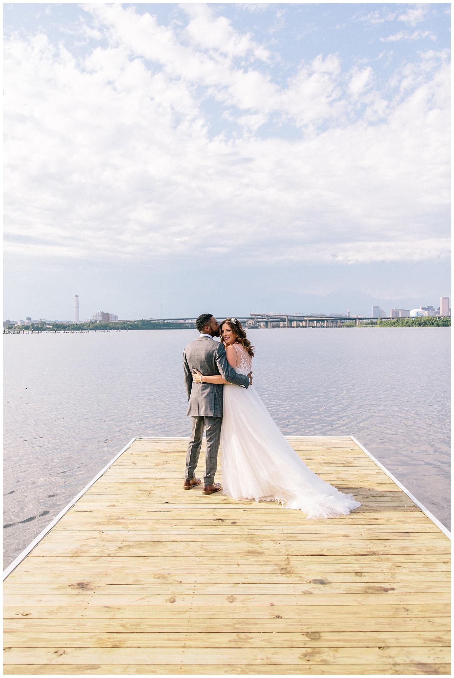 emily-belson-photography-baltimore-rowing-club-wedding-025.jpg