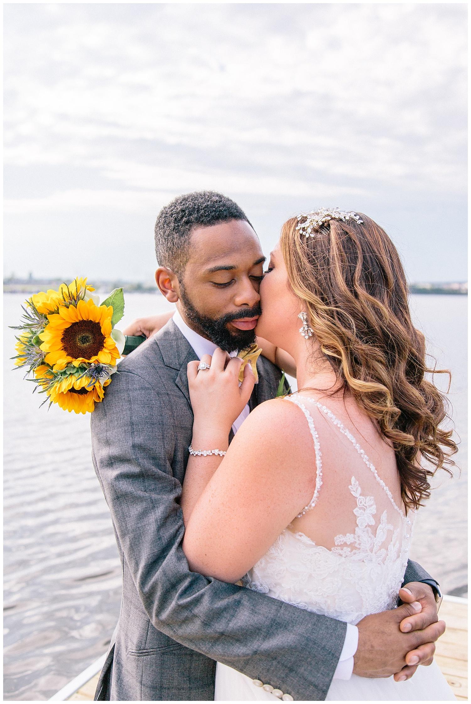 emily-belson-photography-baltimore-rowing-club-wedding-026.jpg