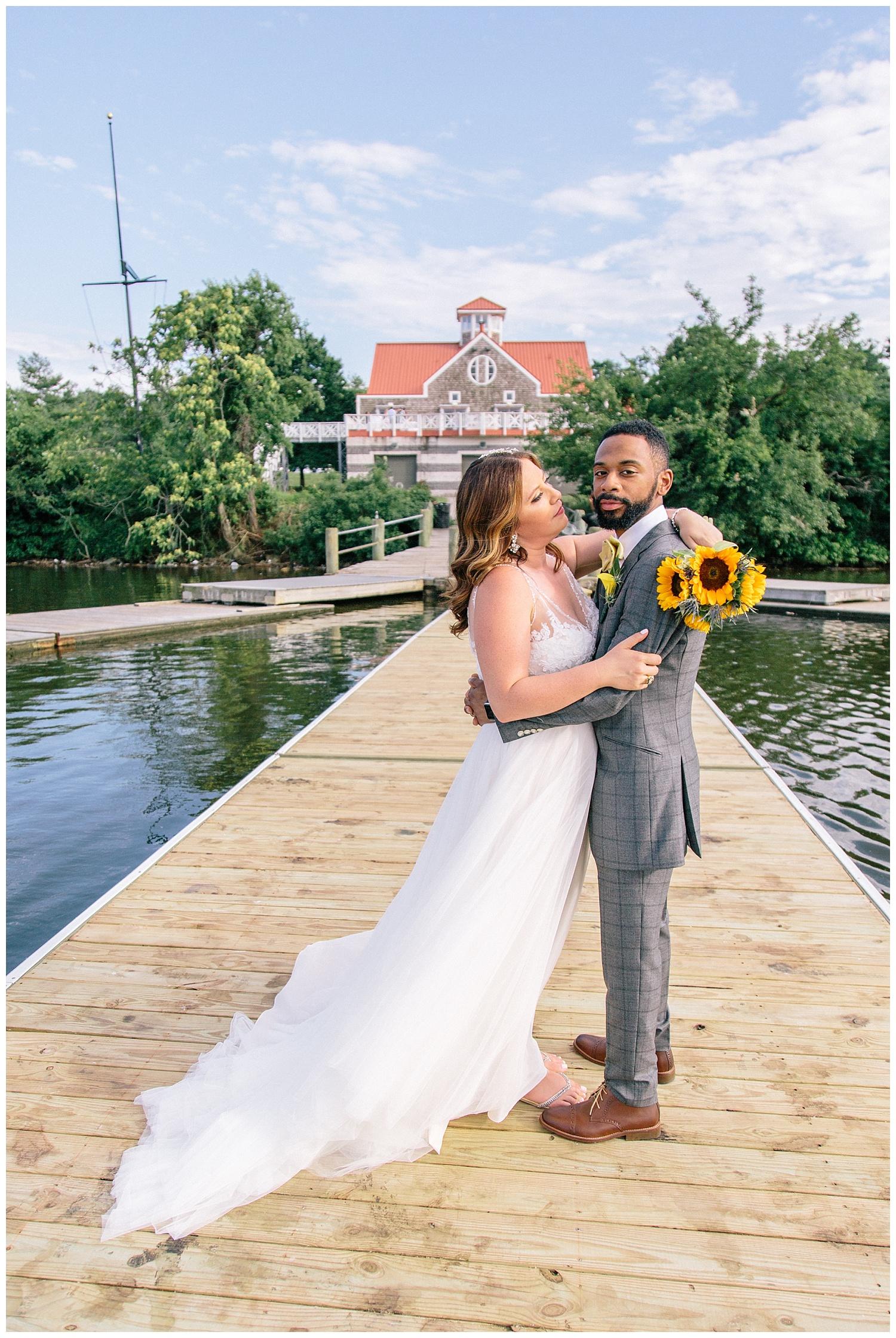 emily-belson-photography-baltimore-rowing-club-wedding-029.jpg