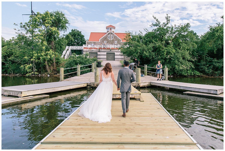 emily-belson-photography-baltimore-rowing-club-wedding-031.jpg