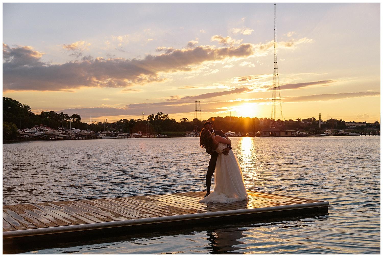 emily-belson-photography-baltimore-rowing-club-wedding-038.jpg