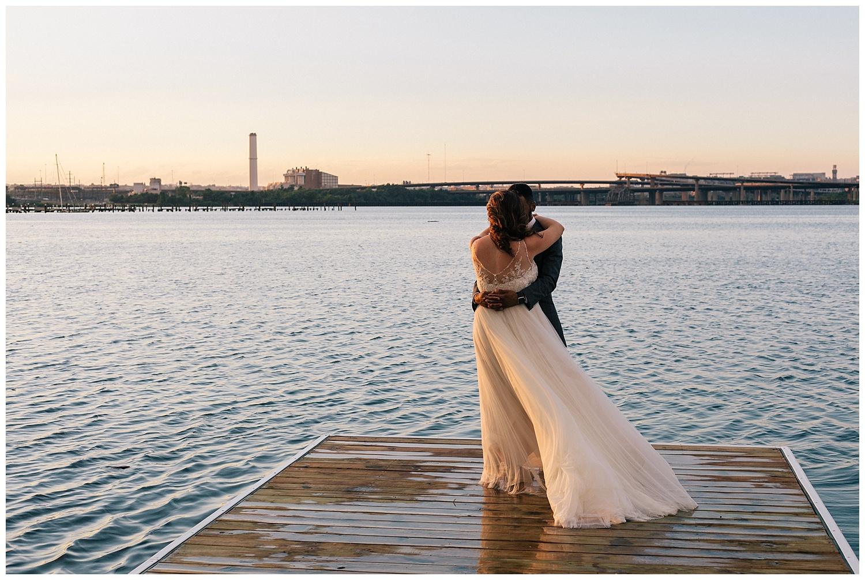 emily-belson-photography-baltimore-rowing-club-wedding-039.jpg
