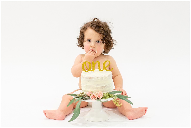 emily-belson-photography-washington-dc-baby-cake-smash-15.jpg
