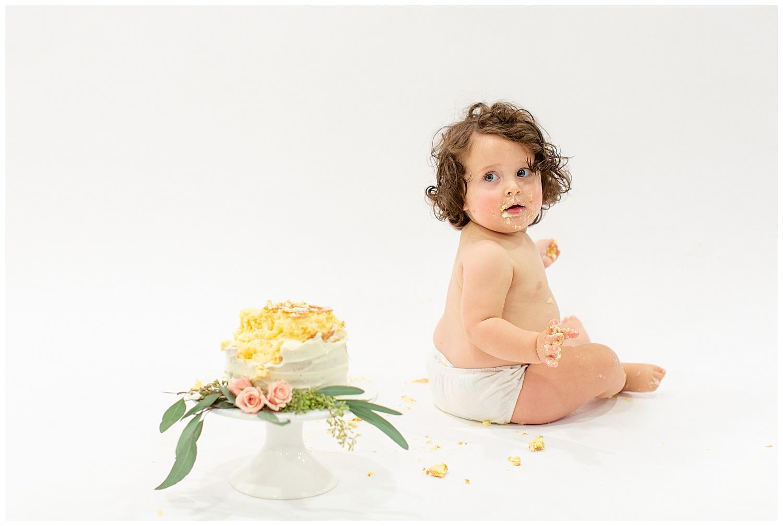 emily-belson-photography-washington-dc-baby-cake-smash-21.jpg