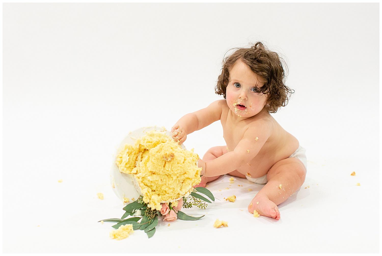 emily-belson-photography-washington-dc-baby-cake-smash-22.jpg