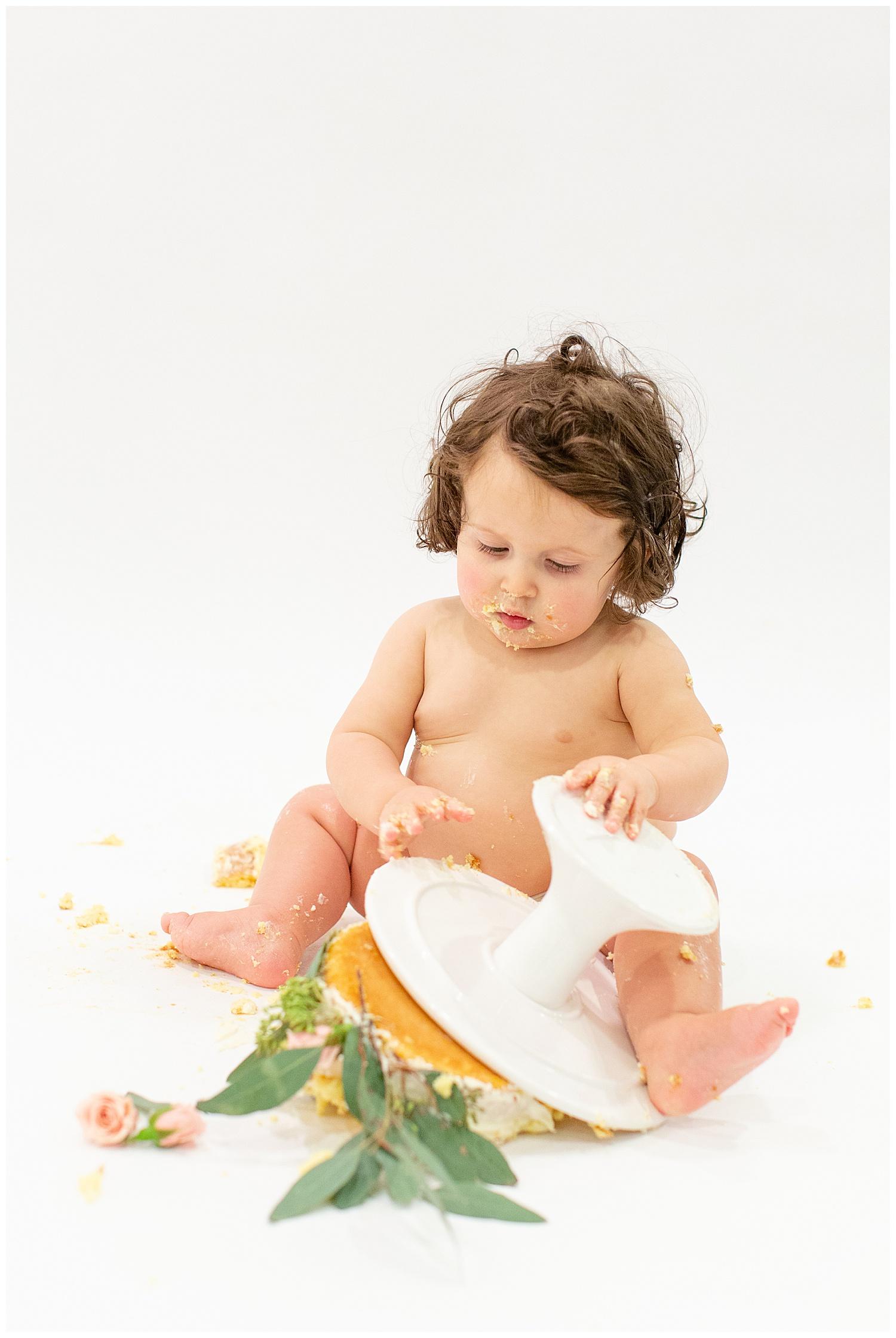 emily-belson-photography-washington-dc-baby-cake-smash-23.jpg