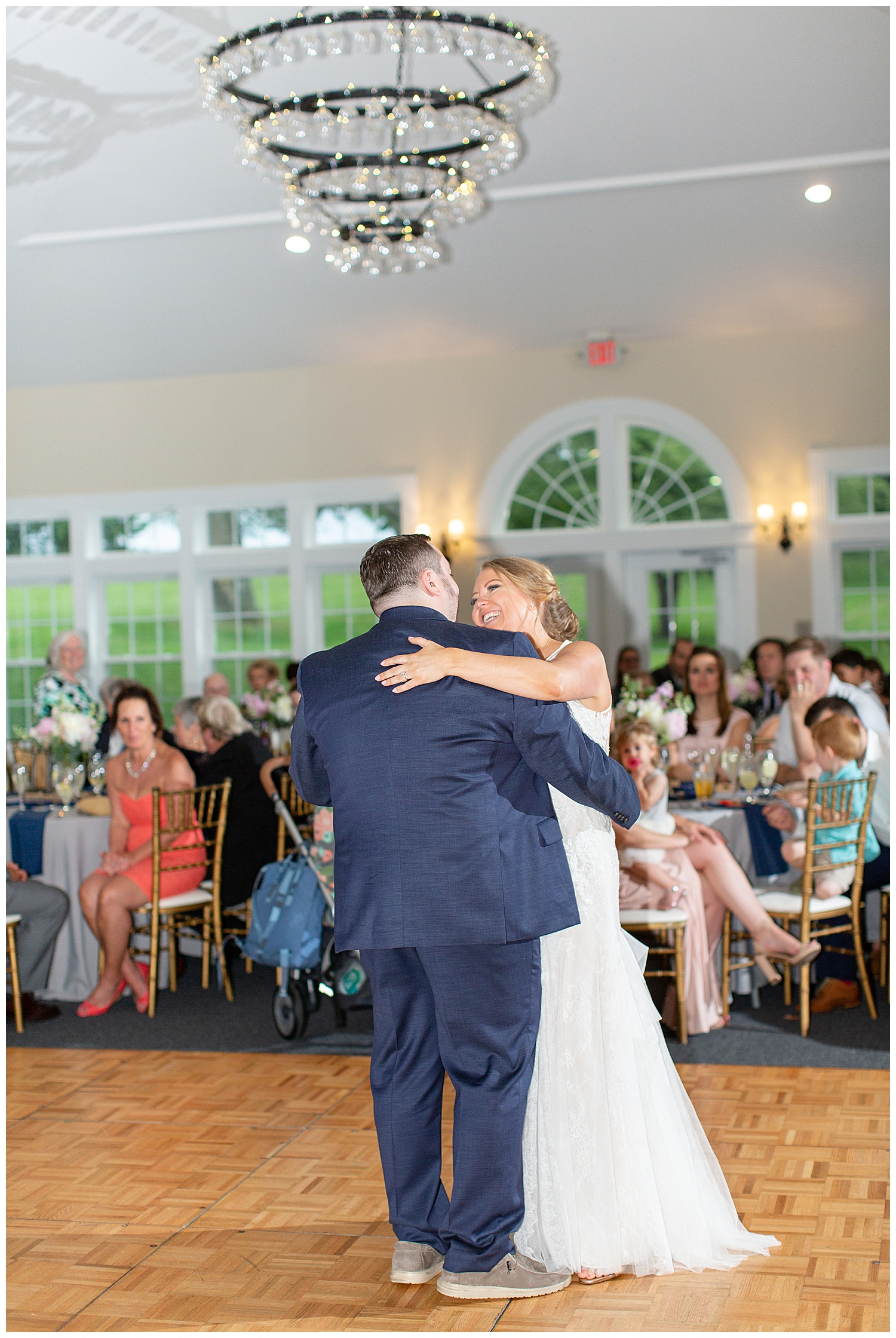 stone-manor-country-club-wedding-emily-belson-photography-90.jpg