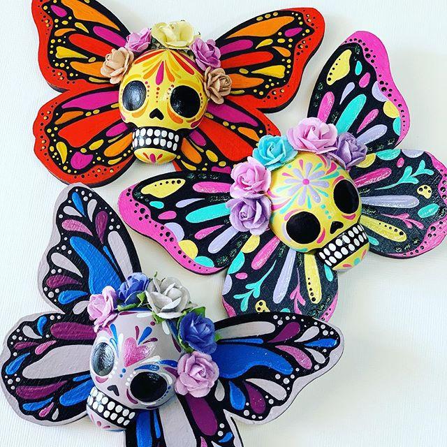 Another Butterfly shop update goes live at 7pm PST.  Only 3 will be available.  #thehappyskullstudio . . .✨Link in Bio✨ .  #calavera #happyart #mariposa #sugarskull #dayofthedead #diadelosmuertos #butterfly #lasercut #latina #shopsmallbusiness #handmadeisbetter #decoartprojects #bonesandcobwebs #flutter #handmade #makethings #create #monarch
