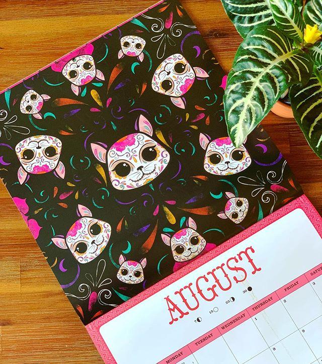 Happy August everyone!!! #thehappyskullstudio . . . . #happyart #meowing #meowingmuertos #august #agosto #dayofthedead #diadelosmuertos #cat #catsofinstagram #kitty #meow #latina #latinaartist #designer #calendar #appointments #dates #sugarskull