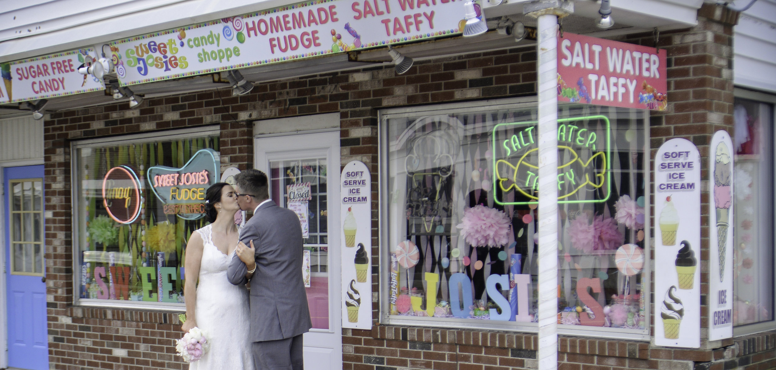 York Beach Maine Wedding Bride and Groom Candy Store