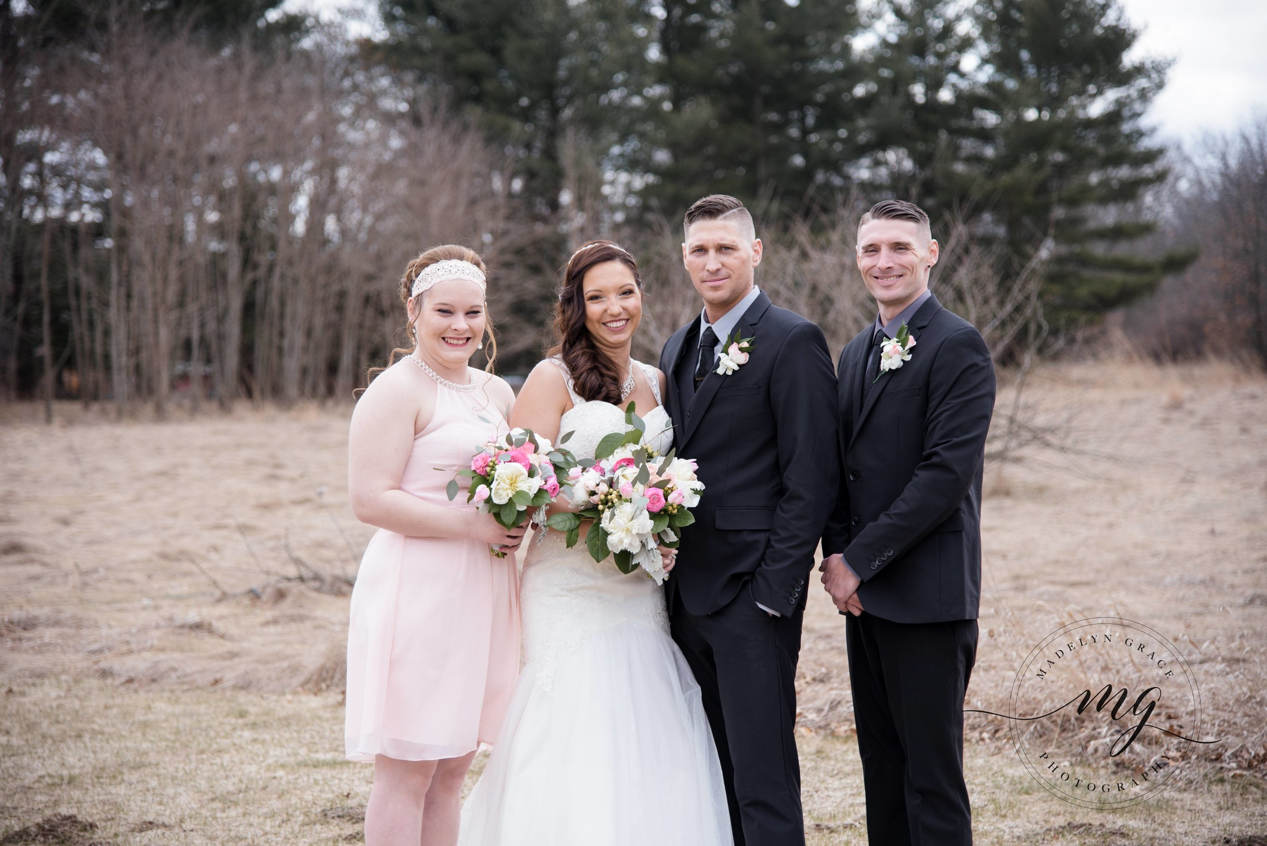 Michigan_wedding_photographer_bbridal_party.jpg