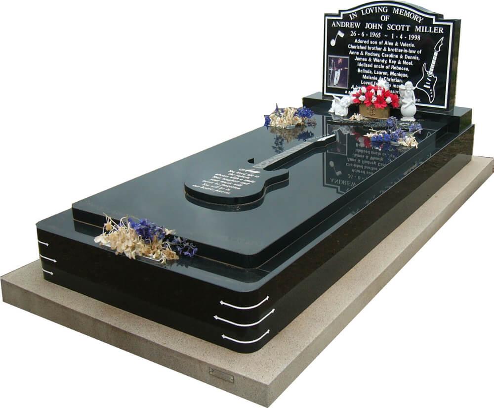 Single Memorial SM1-5.jpg