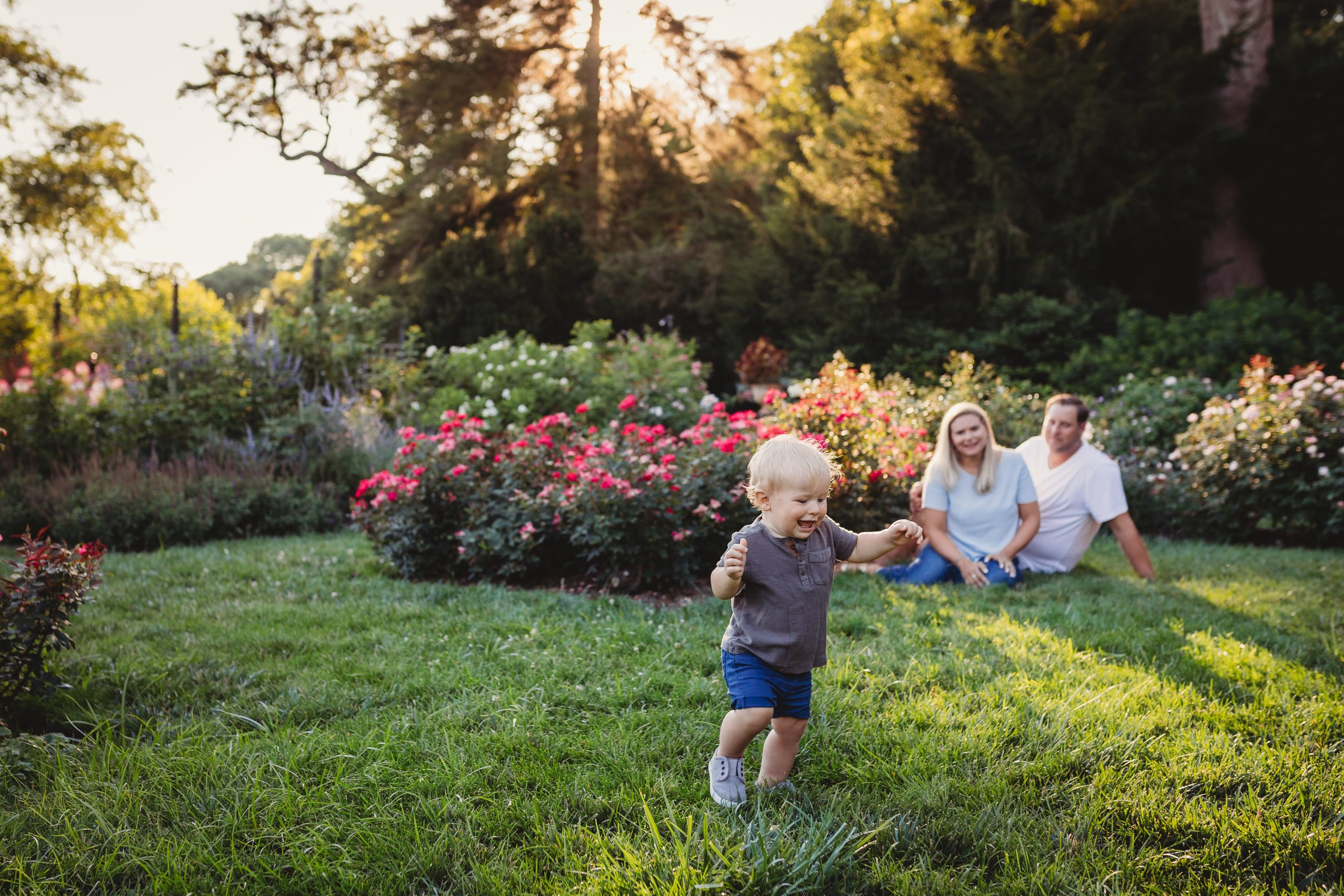 Chestnut Hill Family Photography Session at Morris Arboretum with Desiree Hoelzle Photography