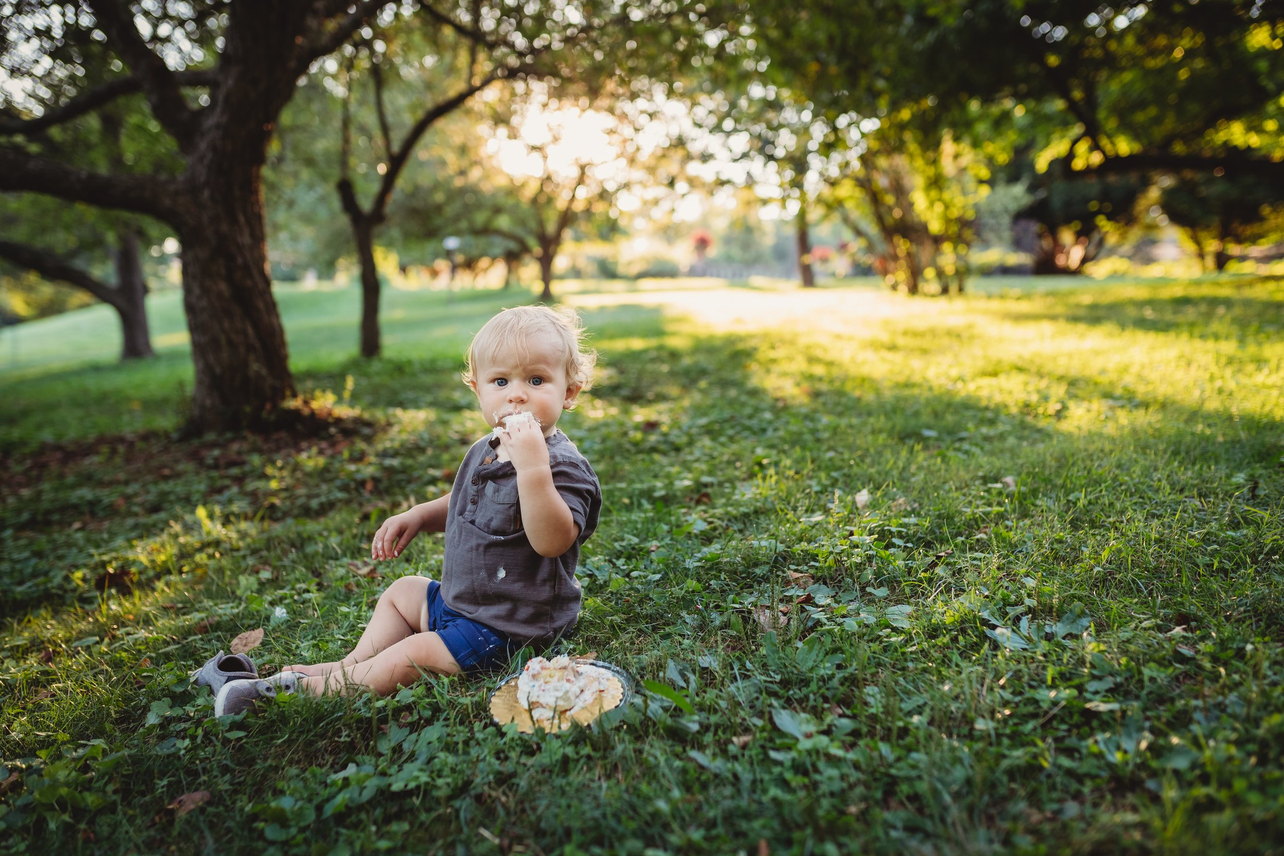 First Birthday Photo Session with Desiree Hoelzle Photography in Morris Arboretum