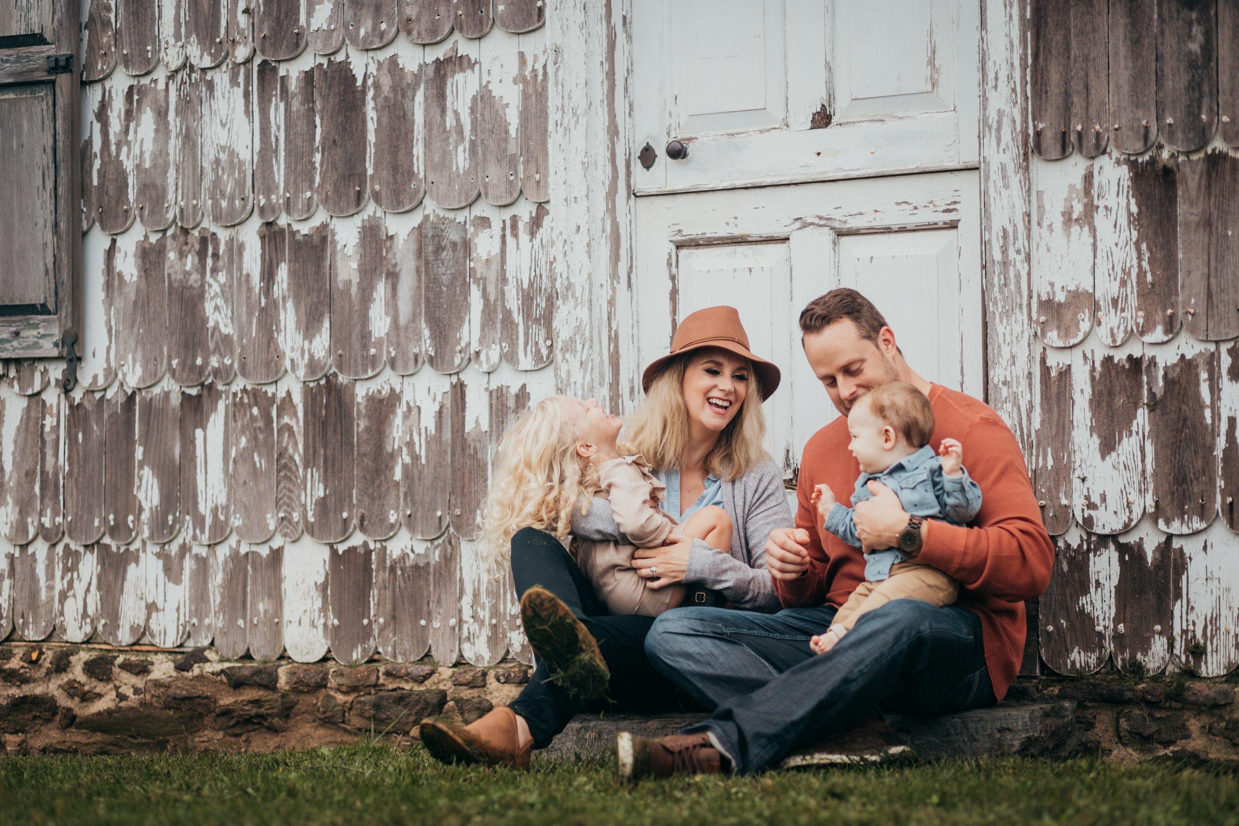 Elkins Park Family Photographers _ Desiree Hoelzle Photography