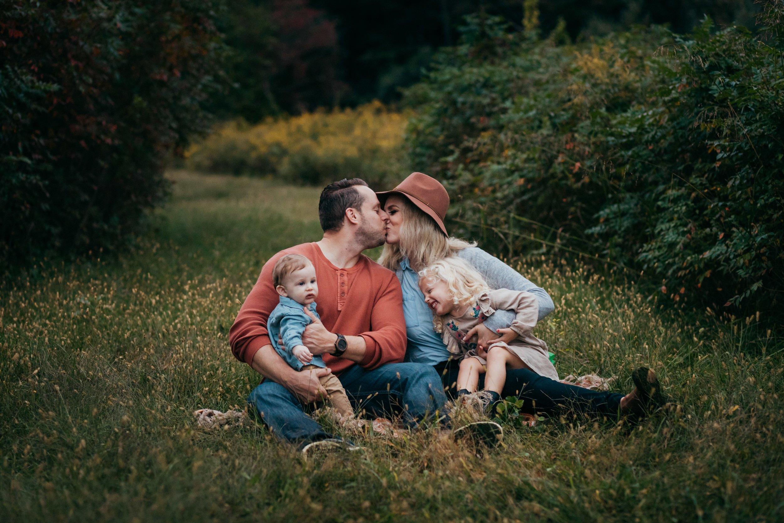 Lifestyle Family Photographers Philadelphia _ Desiree Hoelzle Photography