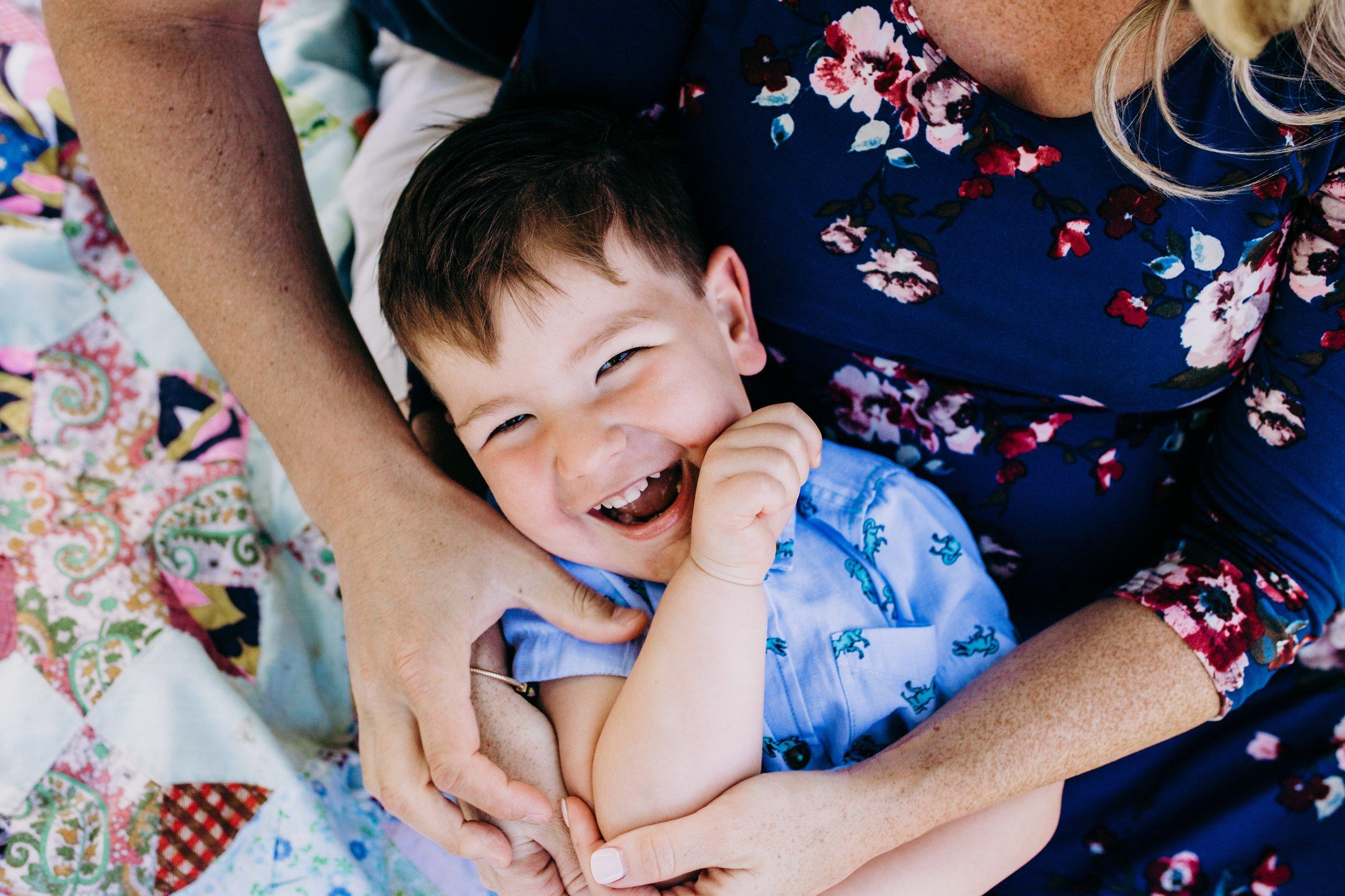 Lifestyle Family Photographers in Philadelphia _ Desiree Hoelzle Photography