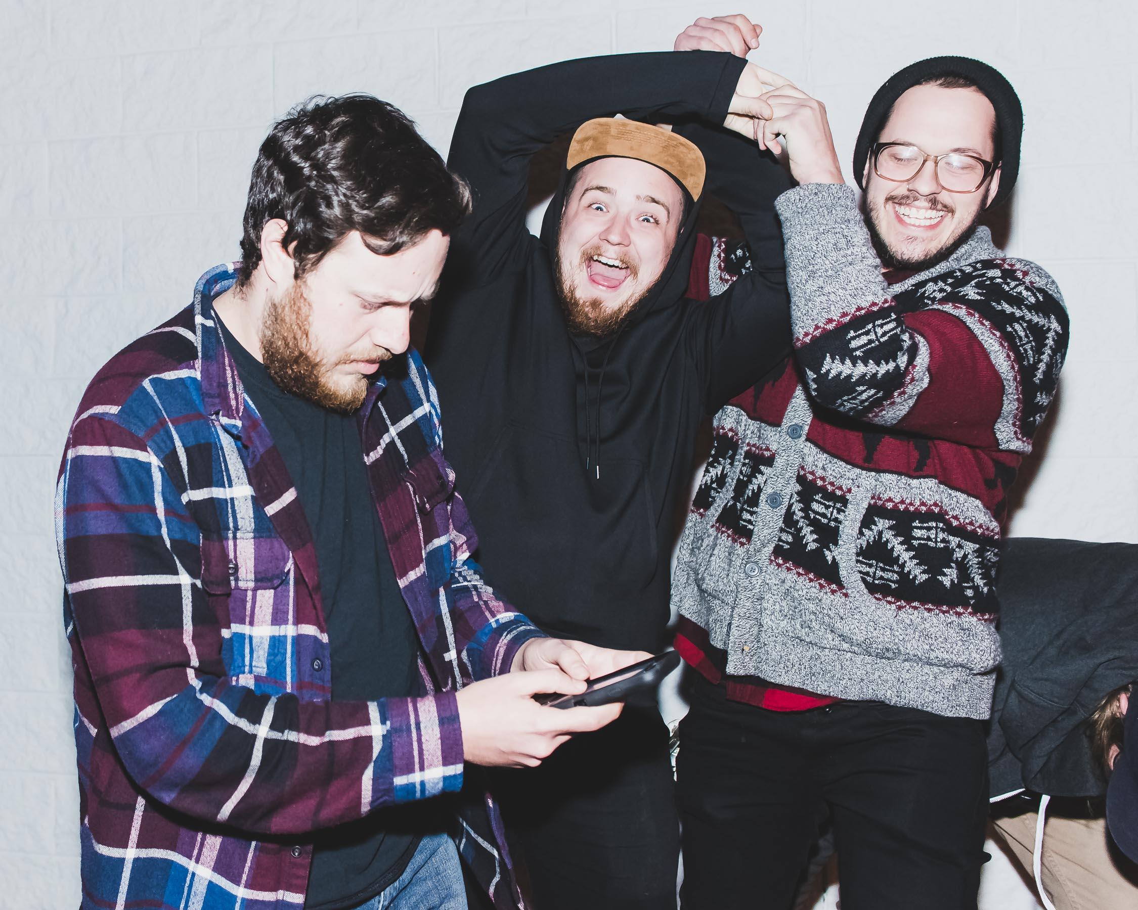 Alex Tucker, Elliott Blair, and Gene Bernardo of Dead Leaves / 11/13/15 / Shakers Pub / Oakdale, N.Y.