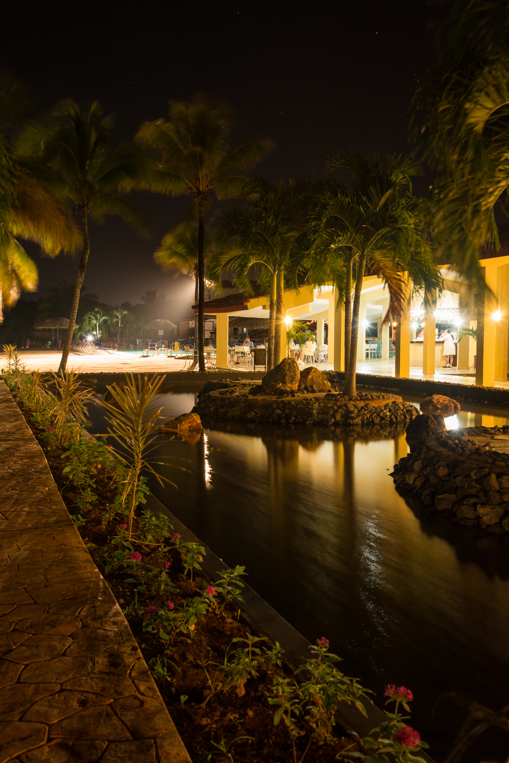 Cuba- Allegro/Naviti Resort by night
