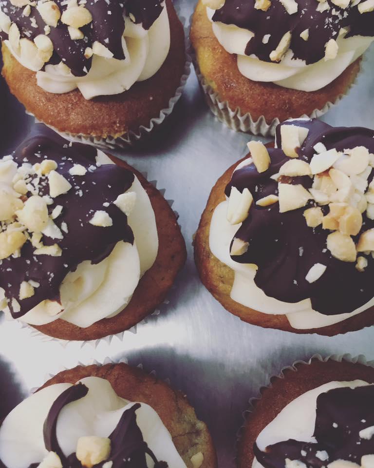 two-cupcakes.jpg