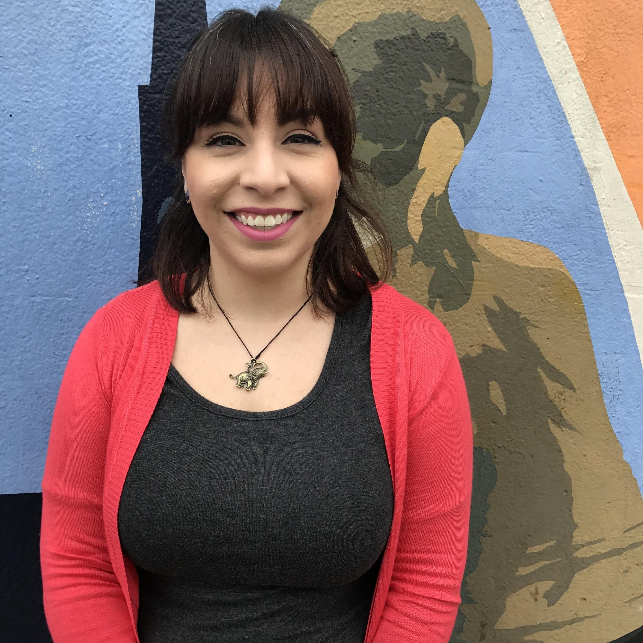 Rosa Guzman     Habla español   Coordinadora de la Preparatoria Gerente de Casos del 9˚y 10˚grados.  (415) 522-1550 ext. 110  r  osa  @seventepees.org