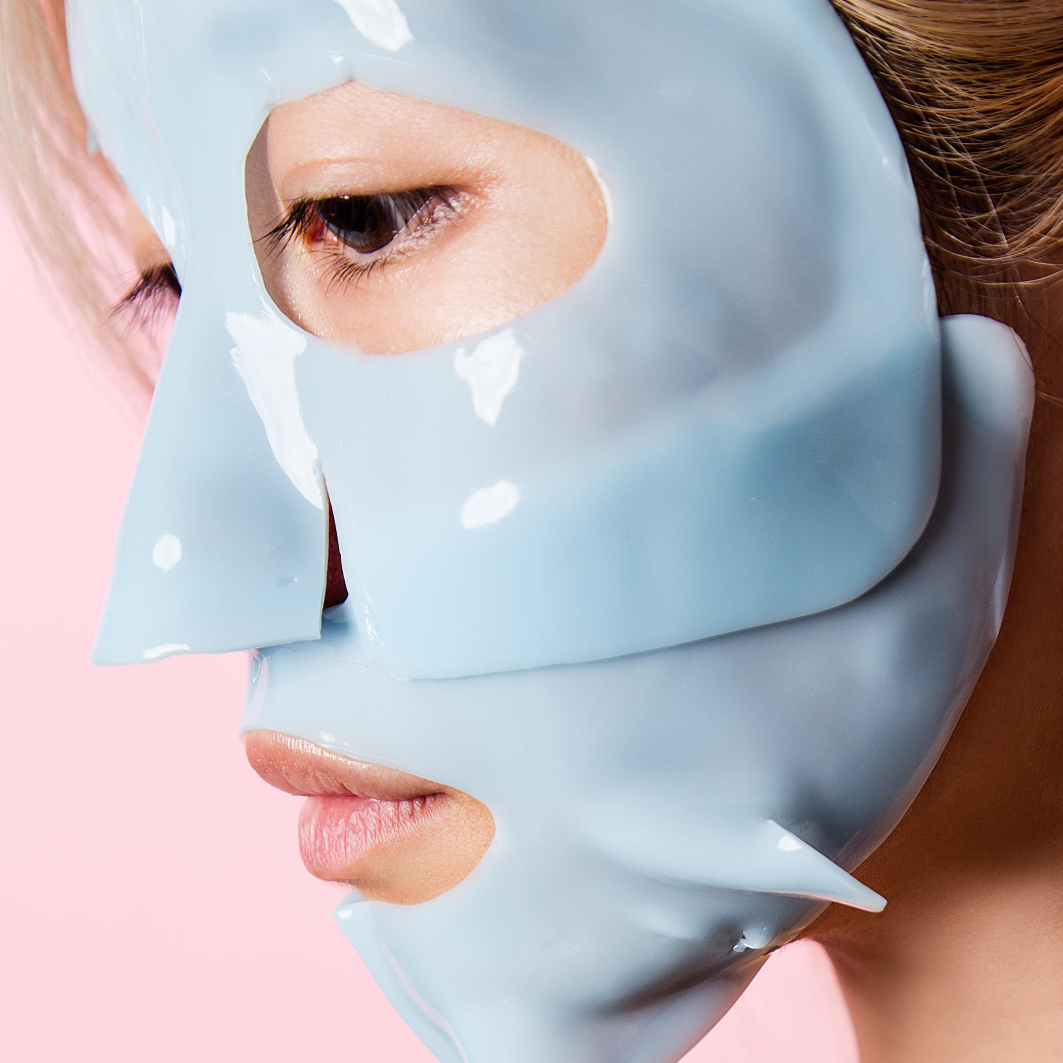 dr-jart-mask-rosalie-blue-1.jpg