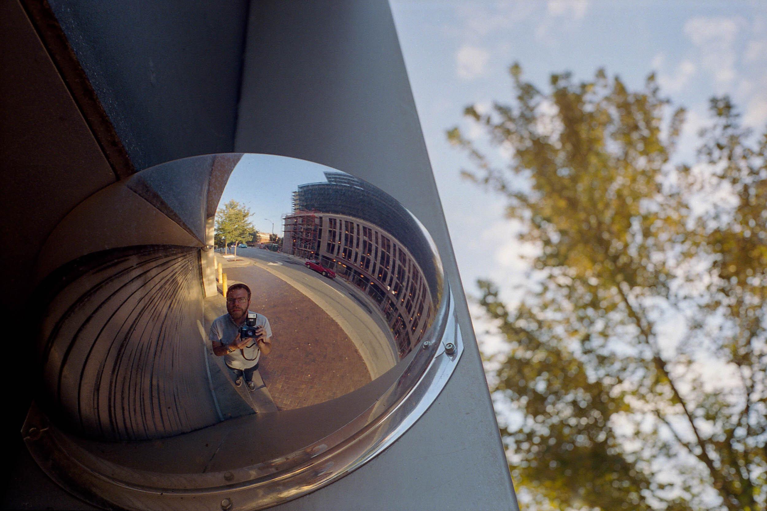 Sebastian Siadecki Self Portrait 2016-096L013.jpg