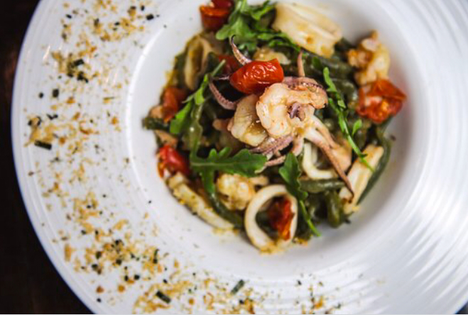 Spinach Bucatini with Seafood