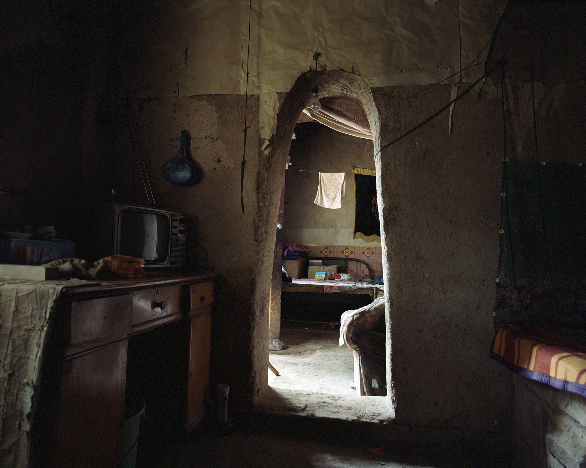 2007, Dawan - this small sideroom will be the new home for the second son .......when the family has saved enough money.