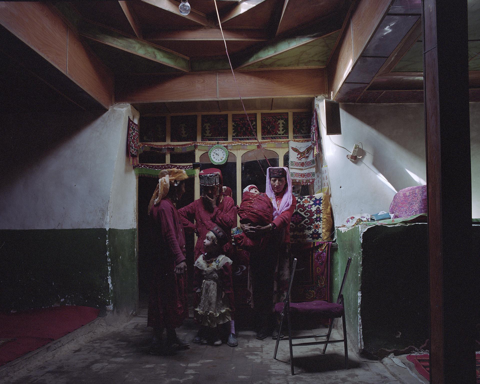 2007 Xinjiang - Tadjik women in their common room.