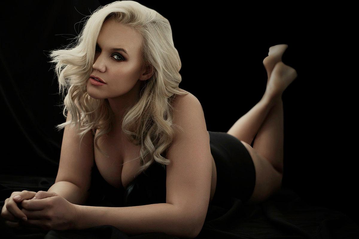 Kate_Rebel&Romance_Boudoir_Photography-black on floor PS.jpg