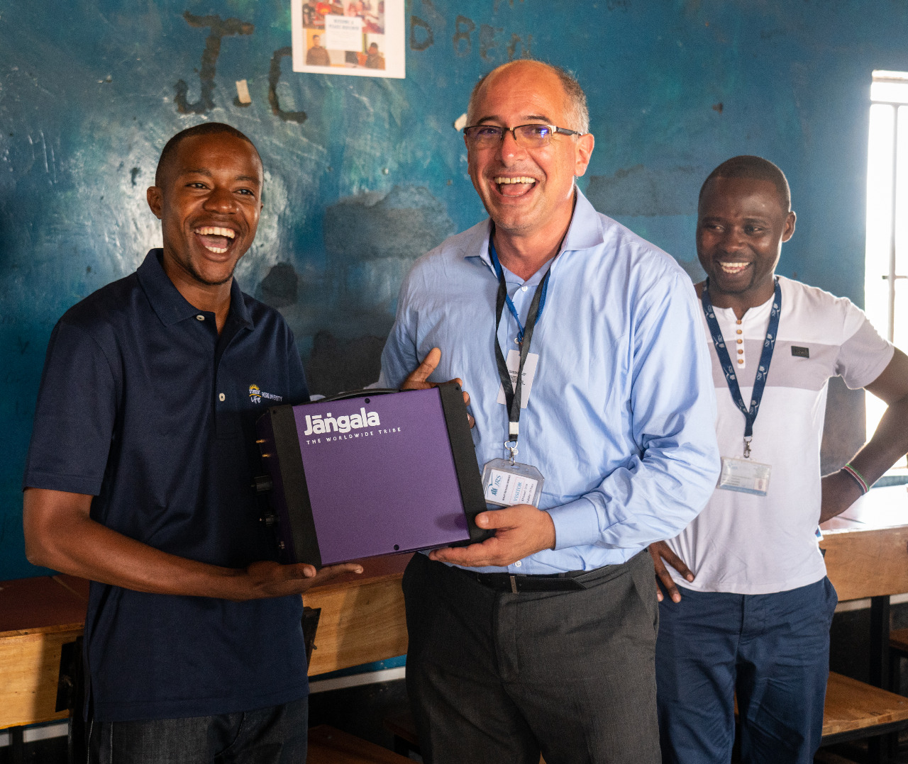 Course facilitator in Kakuma receives the first Jangala box.