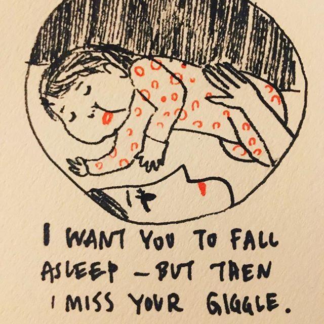 寝かせては起こしたくなる。