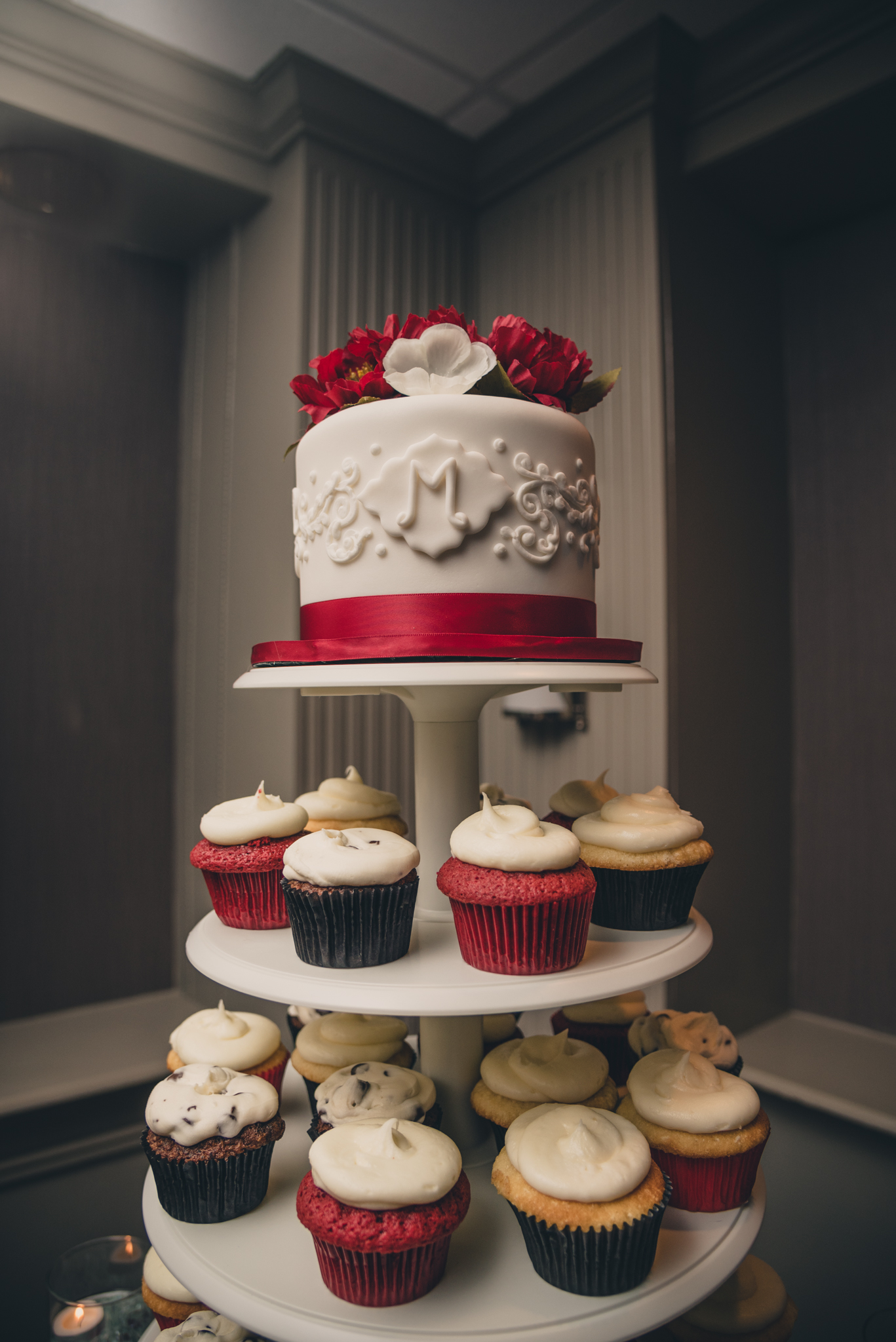 Raleigh Wedding, DoubleTree Hotel, Megan and Adam, wedding cake