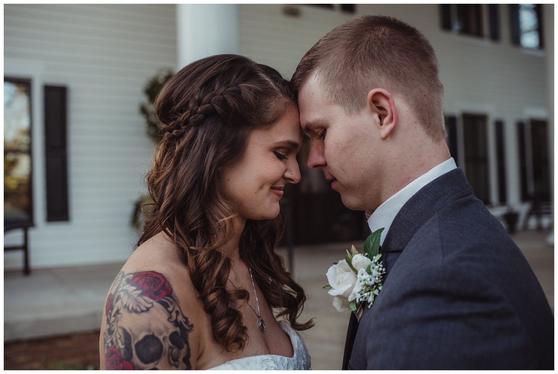 raleigh-wedding-photographer-photojournalist-portraits-1705-east-caitlyn-and-evan_0051.jpg