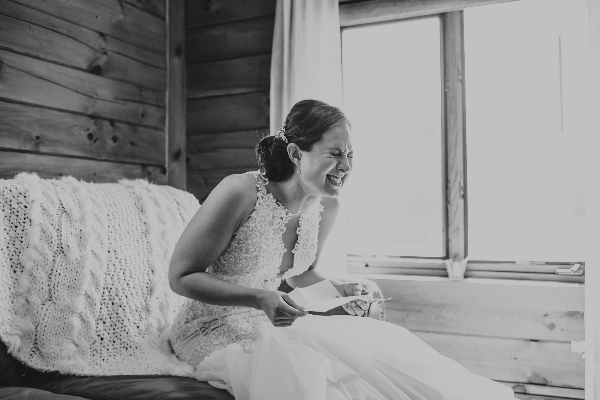 Raleigh-wedding-photographer-bride-before-ceremony-rose-trail-images.jpg