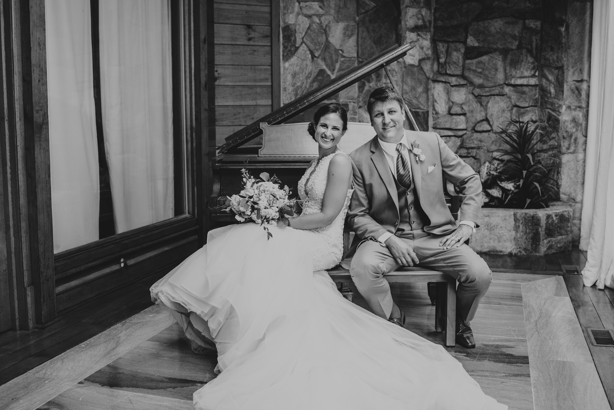 Raleigh-wedding-photographer-bride-and-groom-portraits-piano-barn-at-valhalla-rose-trail-images.jpg